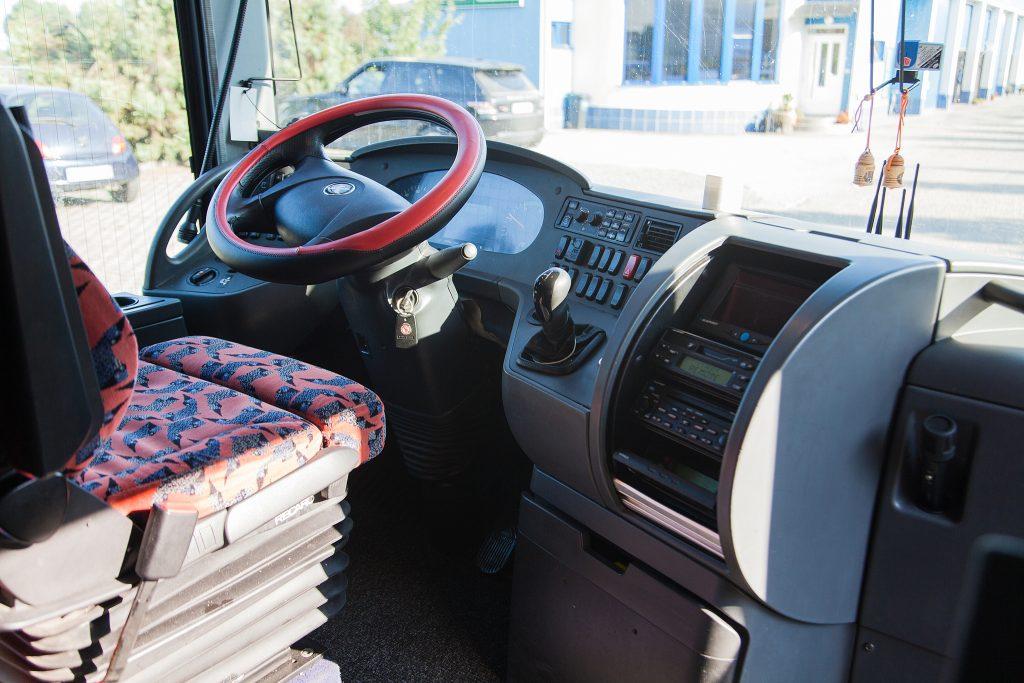 Autocar 80 locuri